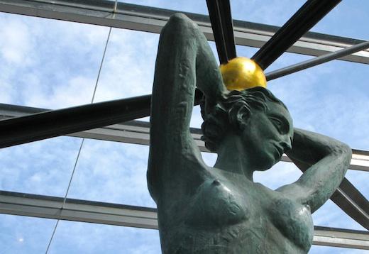 Hans Krull: Karyatide